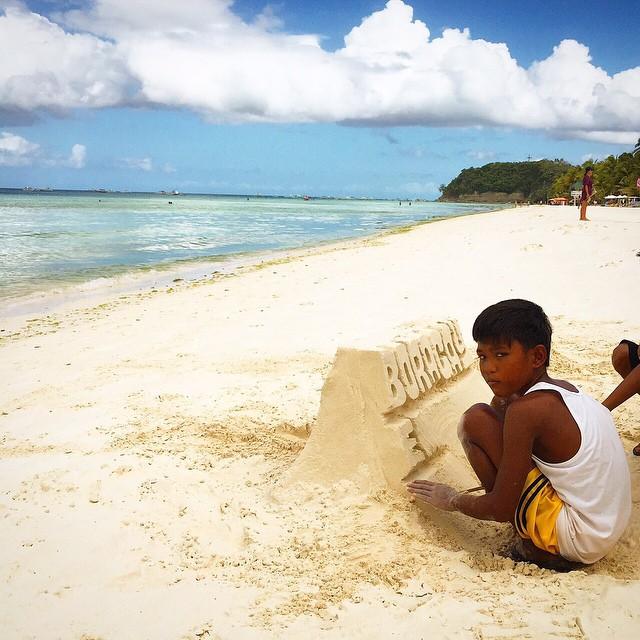Filipiner - Beyaz Kum Plajı - Kumdan Sanat Eseri