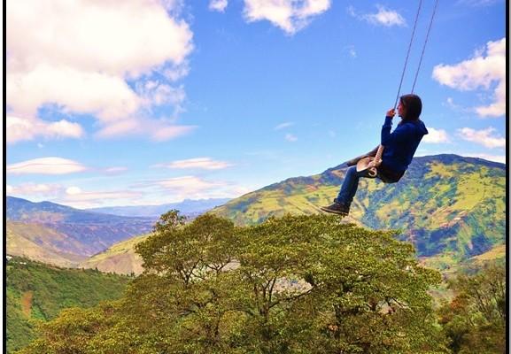 Ekvador'da Dünyanın Ucunda Sallan